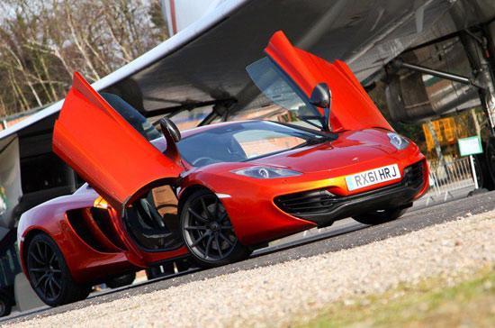 Với tốc độ tối đa 333 km/h, McLaren MP4-12C bản 2013 là một trong những siêu xe nhanh và mạnh nhất thế giới - Ảnh: GT Spirit.