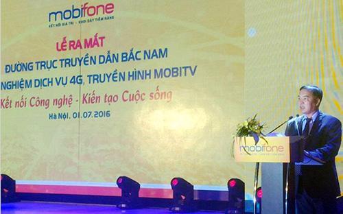 Ông Lê Nam Trà, Chủ tịch MobiFone công bố khai trương thử nghiệm mạng 4G, ra mắt đường trục truyền dẫn Bắc - Nam và truyền hình MobiTV.