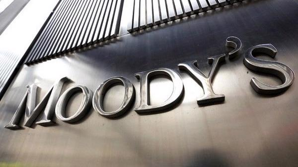 Cơ sở Moody's điều chỉnh giảm triển vọng tín nhiệm của Việt Nam là do vẫn tiềm ẩn rủi ro, tuy không còn đáng kể, của việc chậm trả nghĩa vụ nợ gián tiếp của Chính phủ.