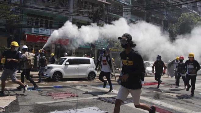 Tình hình bạo lực leo thang tại Myanmar.