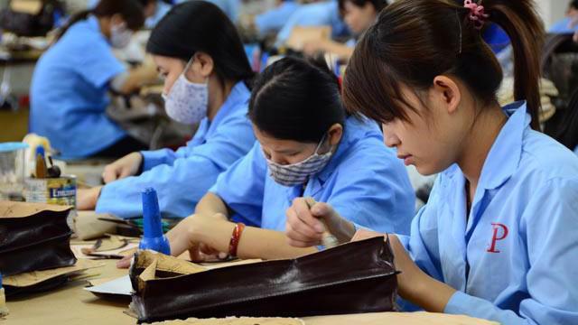 Năng suất lao động Việt Nam kém Singapore 14 lần.