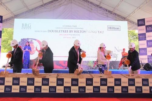 Nghi thức động thổ khách sạn DoubleTree by Hilton Vũng Tàu.