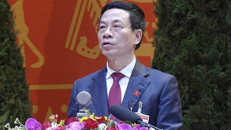 Bộ trưởng Bộ Thông tin và Truyền thông Nguyễn Mạnh Hùng tham luận tại Đại hội.