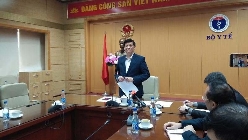 Bộ trưởng Bộ Y tế Nguyễn Thanh Long phát biểu tại cuộc họp sáng 20/1. Ảnh - N.Dương.