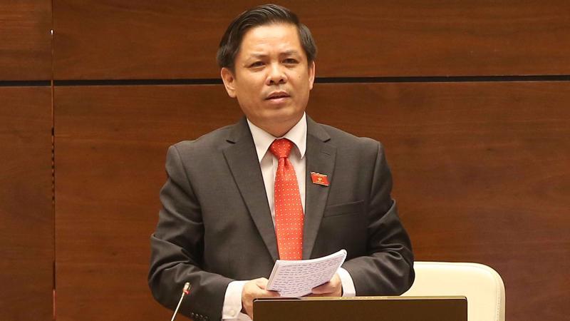 Bộ trưởng Bộ Giao thông vận tải Nguyễn Văn Thể trả lời chất vấn trực tiếp sáng 4/6.