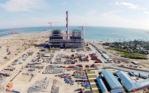 Khối lượng nạo vét đáy biển nhằm phục vụ hạng mục bến cảng của dự án xây dựng nhà máy nhiệt điện Vĩnh Tân 1 tại Bình Thuận.<br>