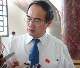 Phó thủ tướng kiêm Bộ trưởng Bộ Giáo dục và Đào tạo Nguyễn Thiện Nhân.