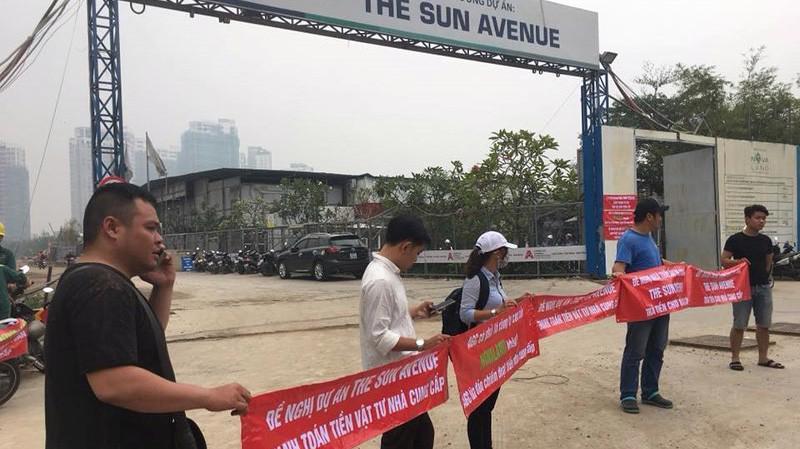 Bên ngoài dự án The Sun Avenue của Novaland - Ảnh: Infonet.