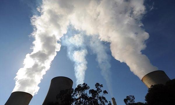 Cả nước có khoảng 20 nhà máy nhiệt điện than đang vận hành với tổng công  suất đặt máy 13.110 MW, tiêu thụ khoảng 45 triệu tấn than/năm.