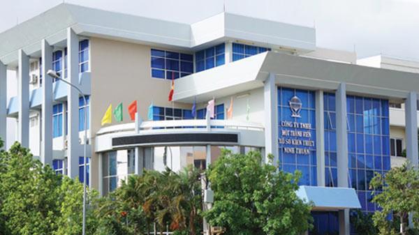 """Mỗi năm, """"sếp"""" của Xổ số Kiến thiết Ninh Thuận đút túi 446,4 triệu đồng."""