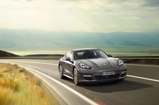 Porsche Panamera Turbo S 2012 bị triệu hồi do lỗi ở tua-bin - Ảnh: Marc Urbano.