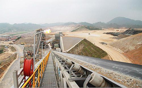 """<font face=""""Arial, Verdana"""" size=""""2"""">Một góc dự án Núi Pháo tại huyện Đại Từ, tỉnh Thái Nguyên.</font>"""
