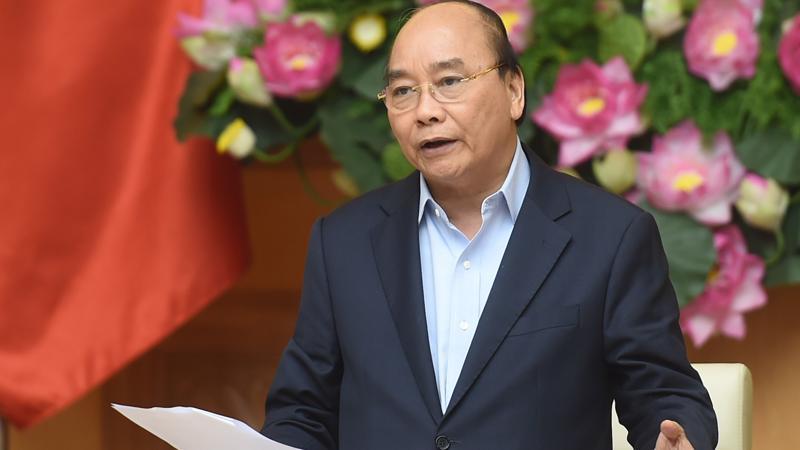 Thủ tướng Nguyễn Xuân Phúc chủ trì cuộc họp Thường trực Chính phủ về các dự án chậm tiến độ, kém hiệu quả của ngành công thương - Ảnh: VGP