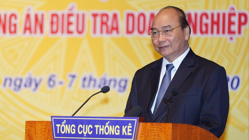 Thủ tướng phát biểu tại hội nghị triển khai kế hoạch công tác và tập huấn phương án điều tra doanh nghiệp năm 2020 của Tổng cục Thống kê - Ảnh: VGP