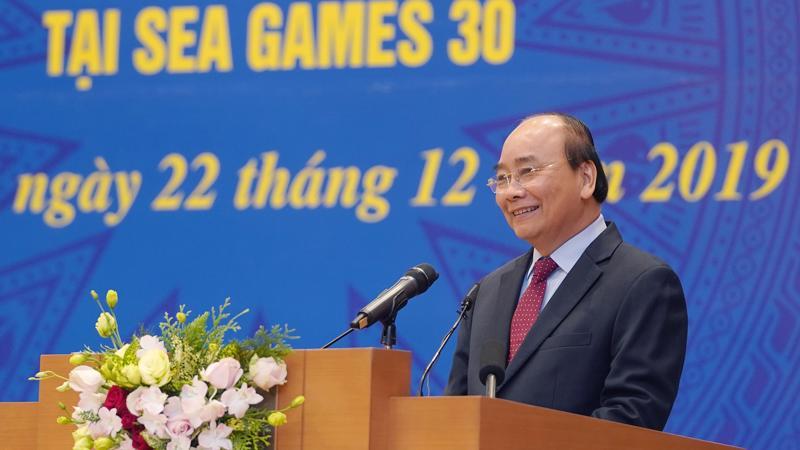 Thủ tướng Nguyễn Xuân Phúc phát biểu tại cuộc gặp mặt - Ảnh: VGP
