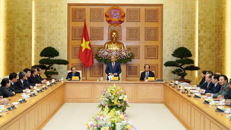 Thủ tướng Nguyễn Xuân Phúc đã gặp mặt đoàn đại biểu Hiệp hội Doanh nghiệp nhỏ và vừa - Ảnh: VGP