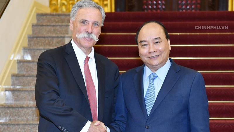 Thủ tướng Nguyễn Xuân Phúc tiếp ông Chase Carey, Chủ tịch kiêm Giám đốc điều hành Tập đoàn Formula One - Ảnh VGP.