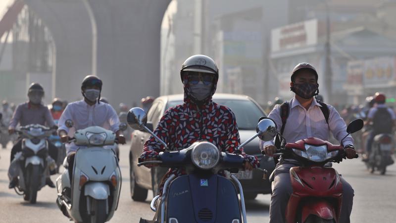 Chất lượng không khí tại Hà Nội những ngày tới có thể tiếp tục diễn biến xấu. Ảnh minh họa.