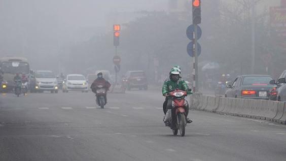Nhiều thời điểm, chất lượng không khí Hà Nội ở mức xấu. Ảnh minh họa.