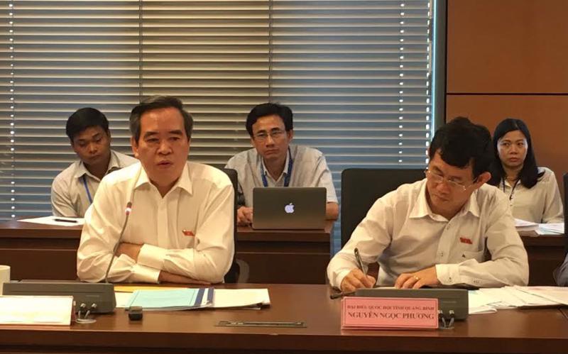 Trưởng ban Kinh tế Trung ương, cựu Thống đốc Ngân hàng Nhà nước Việt Nam Nguyễn Văn Bình phát biểu trong phiên thảo luận tổ của Quốc hội chiều 26/5.<br>