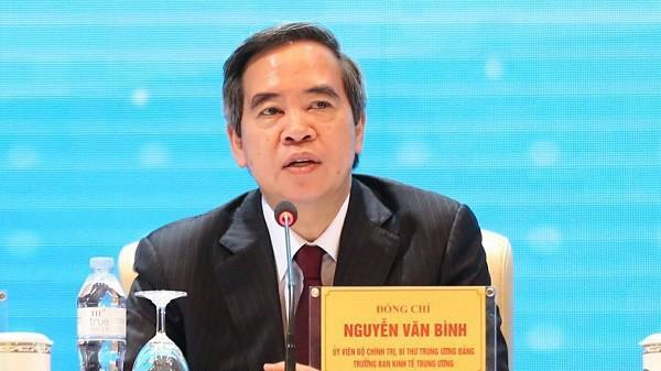 Trưởng ban Kinh tế Trung ương Nguyễn Văn Bình