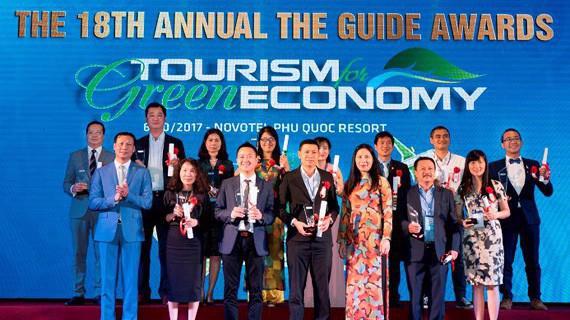 Tôn vinh doanh nghiệp ngành du lịch tại The Guide Awards 2016 - 2017.