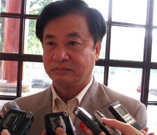 Bộ trưởng Bộ Giao thông Vận tải Hồ Nghĩa Dũng.