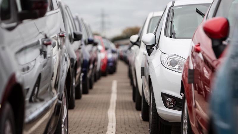 Nhiều khả năng hàng rào mới đối với các loại ôtô nhập khẩu sẽ đi theo hướng tăng thêm các thủ tục và chứng nhận đối với những tiêu chuẩn kỹ thuật của ôtô CBU.