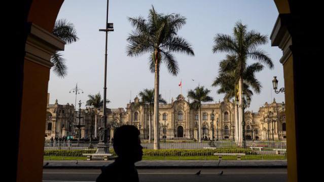 Nợ công của Peru được dự báo sẽ tăng từ mức 28% hiện tại lên 35% vào cuối năm 2020 và 38% vào năm 2021 - Ảnh: Getty Images