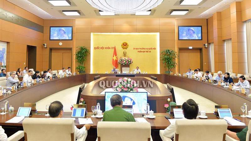 Toàn cảnh phiên giám sát của Uỷ ban Thường vụ Quốc hội.