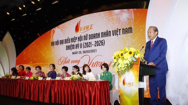 Phó Thủ tướng thường trực Trương Hoà Bình phát biểu tại Đại hội.