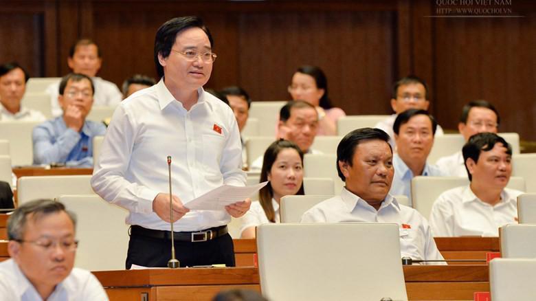 Bộ trưởng Bộ Giáo dục và đào tạo Phùng Xuân Nhạ giải trình về tiêu cực thi cử, độc quyền sách giáo khoa