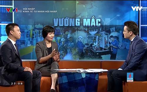 """Chương trình """"Hội nhập: Thách thức và Cơ hội"""" phát sóng vào khung giờ 22h45 - 23h15 trên kênh VTV1 Đài Truyền hình Việt Nam."""