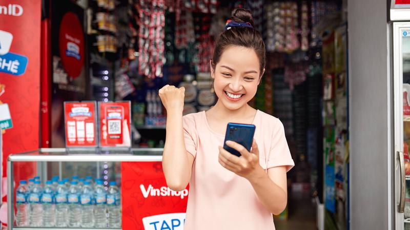 Tạp hóa vẫn sẽ là kênh mua sắm chính của người dân trong mùa Tết.