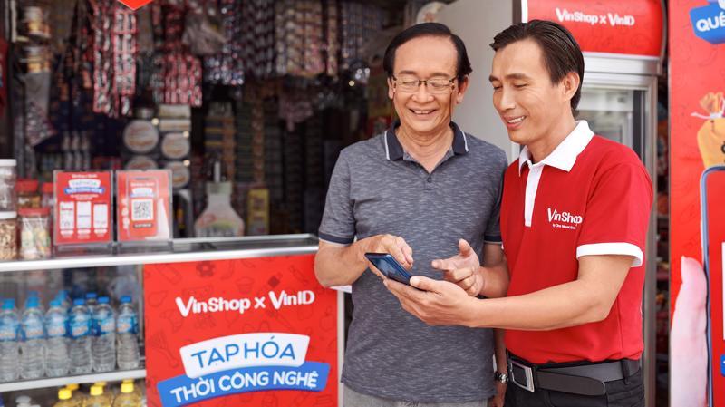 Chương trình ứng vốn của VinShop và Techcombank giúp các chủ tạp hóa tiếp cận nguồn vốn một cách dễ dàng và nhanh gọn nhất.