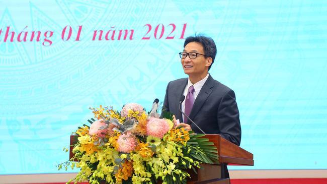 Phó thủ tướng Chính phủ Vũ Đức Đam phát biểu chỉ đạo hội nghị sáng 11/1. Ảnh - Mạnh Dũng.