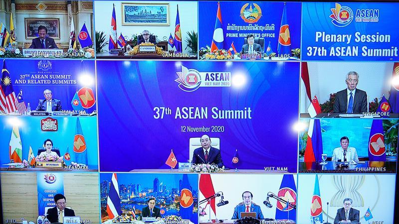 Hội nghị Thượng đỉnh ASEAN 37 được tổ chức theo hình thức trực tuyến tại Hà Nội từ ngày 12-15/11 - Ảnh: VGP
