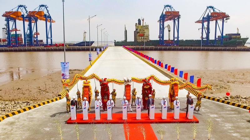 Cảng Nam Đình Vũ là điểm trung chuyển hàng hóa lý tưởng trong chuỗi logistics toàn cầu.