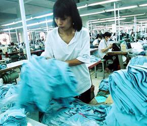 Việt Nam đang ngày càng đa dạng hóa hàng xuất khẩu sang Mỹ, thay vì tập trung vào một số mặt hàng chủ lực như trước đây - Ảnh: Việt Tuấn.
