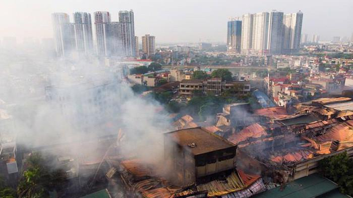 Vụ cháy nhà máy Rạng Đông khiến hàng chục kg thuỷ ngân bị phân tán ra môi trường.