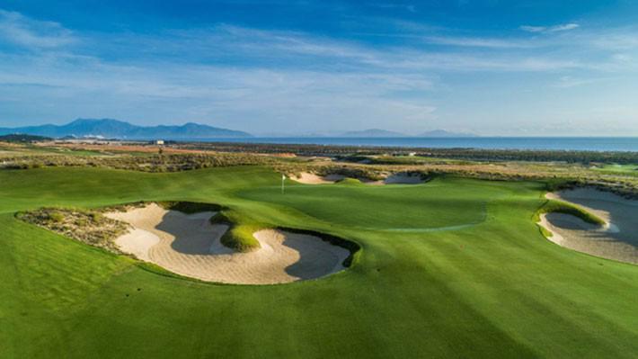 Hình ảnh sân golf 27 lỗ KN Golf Links của Công ty TNHH KN Cam Ranh.