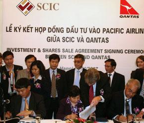Lễ ký hợp đồng giữa SCIC, PA và Qantas.