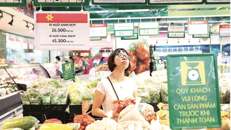 Còn khá nhiều yếu tố bất lợi trên toàn cầu có thể ảnh hưởng đến mục tiêu kiềm chế lạm phát dưới 4% của Việt Nam trong năm 2021.