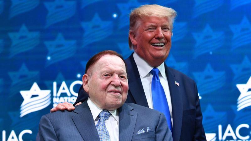 Tỷ phú Sheldon Adelson (trái) là người ủng hộ lâu năm của Tổng thống Mỹ Donald Trump - Ảnh: Getty Images