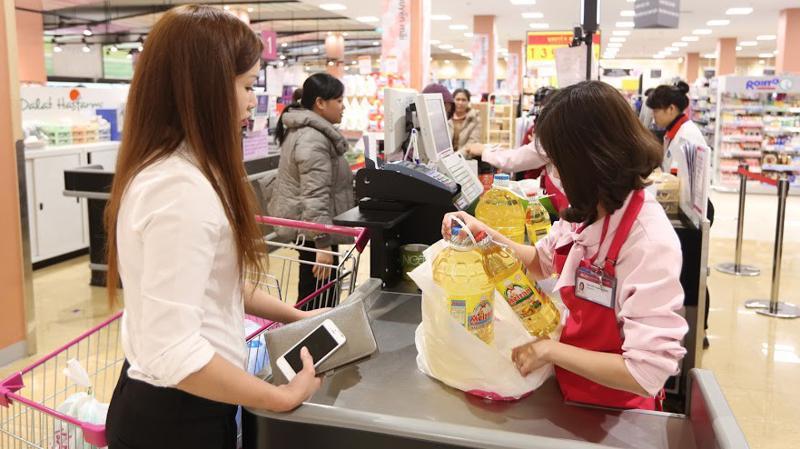 Doanh thu bán lẻ hàng hóa 11 tháng đạt mức tăng khá nhờ sức mua tiêu dùng tăng ở nhiều nhóm hàng thiết yếu.