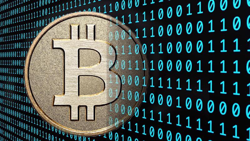 Theo các nhà phân tích, Bitcoin và các tiền ảo khác đang ngày càng thu hút sự quan tâm của các nhà đầu tư truyền thống, bao gồm cả cá nhân lẫn các tổ chức lớn.