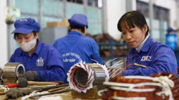 Việc sửa đổi Bộ luật Lao động cần đáp ứng quyền lợi cho cả doanh nghiệp và người lao động. Ảnh minh họa.