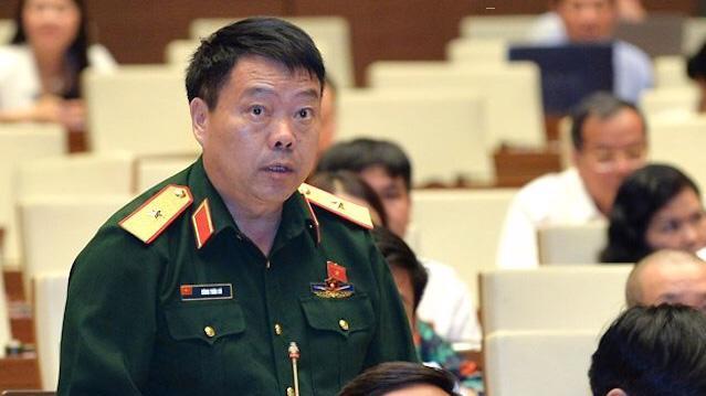 Đại biểu Sùng Thìn Cò phát biểu tại phiên thảo luận - Ảnh: Quochoi.vn