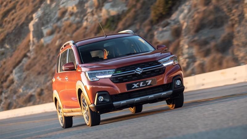 Mẫu xe đa dụng 5+2 chỗ ngồi Suzuki XL7 nhập khẩu nguyên chiếc từ Indonesia.