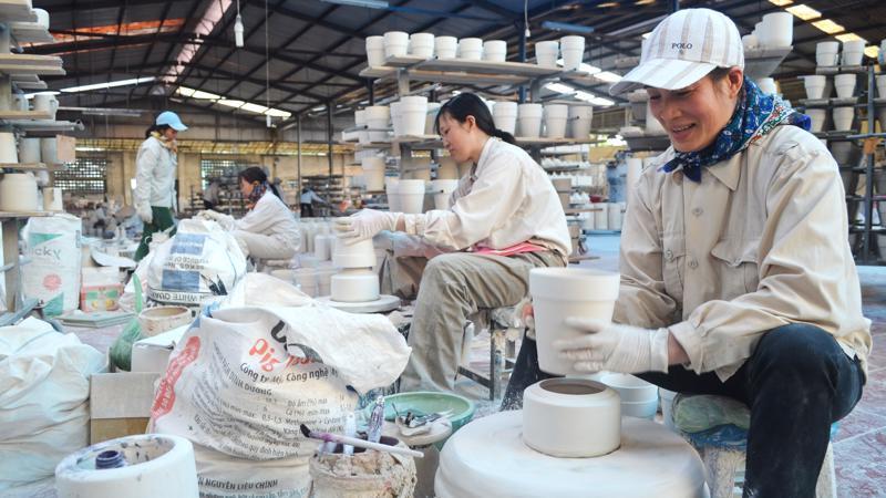 Kinh tế tư nhân thu hút khoảng 85% lực lượng lao động của nền kinh tế.